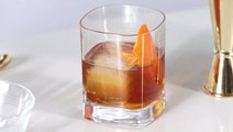 How to Make and Use Cocktail Ice