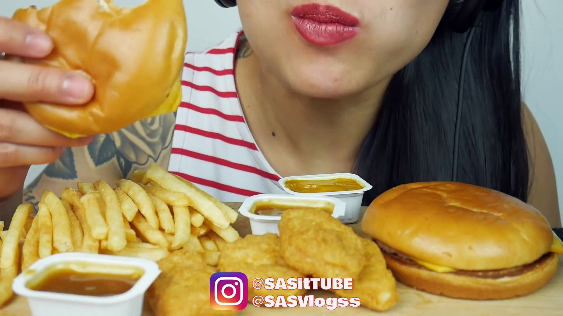 Asmr Mcdonalds Chicken Nuggets Cheeseburger Eating Sounds Sas Asmr Video Dailymotion Perfect crunchy fried chicken *recipe   sasvlogs. asmr mcdonalds chicken nuggets cheeseburger eating sounds sas asmr