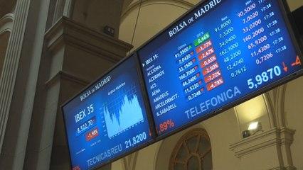 El Ibex 35 pierde las ganancias del año tras ceder un 1,98% en los 8.522 puntos.