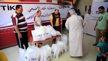 TİKA Mısır'da engellilere kurban eti dağıttı