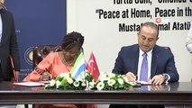 Dışişleri Bakanı Mevlüt Çavuşoğlu, Sierra Leone Dışişleri Bakanı ile ortak basın toplantısı...