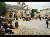 """Tournage du film """"Les Âmes fortes"""" dans l'Enclave des papes : une figurante se souvient"""
