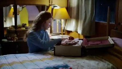 'V.C. Andrews' Heaven Casteel Saga' - Lifetime Trailer