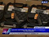 Aquino distributes new Glock 17 pistols to policemen