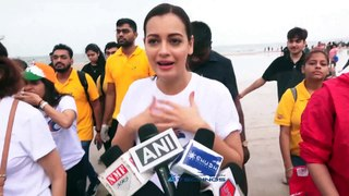 Dia Mirza Celebrates Independence Day With Beach Clean Up Drive-2