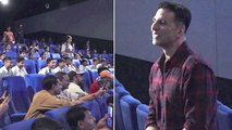 Akshay Kumar's Cute Conversation With Students Watching Mission Mangal