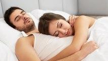 पार्टनर की सोने की इस आदत से बिगड़ रहा रिश्ता   Sleeping Habits destroying your Relationship Boldsky