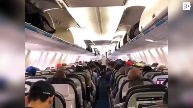 The video that shows how amazing is when people disembark in orden from a plane