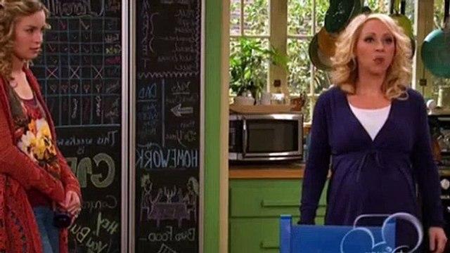 Good Luck Charlie Season 3 Episode 4 - Dress Mess