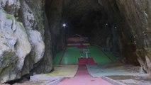 Karst cave in China turns into indoor basketball court