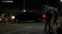 شاهد: شاحنة تابعة لسجن أمريكي تصدم متظاهرين ضد سياسة الهجرة