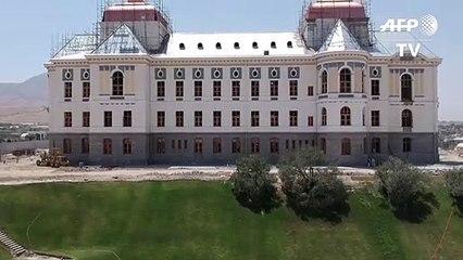 قصر أفغاني يستعيد بهاءه في الذكرى المئوية لاستقلال البلاد