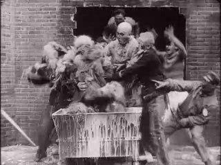 The Monkey Race (Italy, 1909)