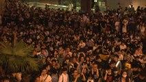 홍콩 도심 공원 메운 '송환법' 반대 시위...내일은 '최대 규모' 시위 / YTN