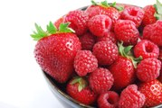 The Raspberry-Strawberry Hybrid Is a 100-Year-Old Mystery