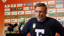Réaction de l'entraîneur du Mans Richard Dezire après l'interruption du match suite à des chants homophobes