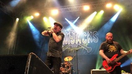 The Rumjacks ont mis le feu à la scène rock des Sapins barbus à Dommartin-lès-Remiremont