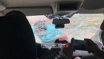 Report TV EKSKLUZIVE/ Kokëdhima terrorizon turistët spanjollë mbi xhamin e furgonit në ecje