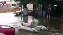 Yağmur yağdı, vatandaş dışarı deniz botuyla çıktı