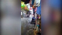 İstanbul'da yağmur: Eminönü'yü sel bastı!