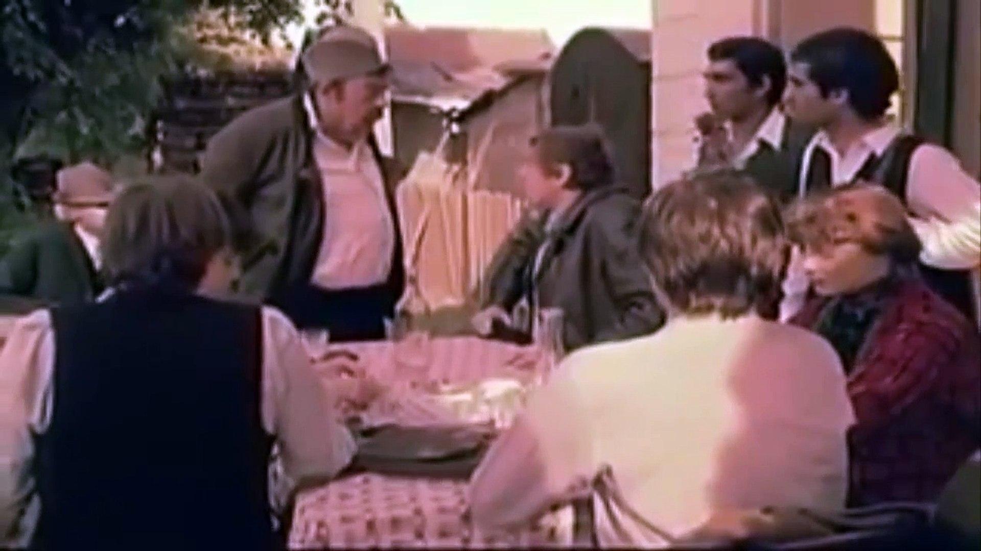 Drugarčine (1979) - Domaći film - 1 deo
