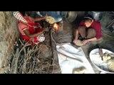 बालिका दिवस पर विशेष, पढ़ाई की बजाय मिड डे मील की रोटियां सेंक रही बेटियां