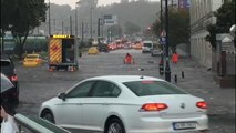 İstanbul sağanak yağmura teslim: 1 kişinin cansız bedeni bulundu