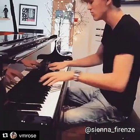 Love Me Like You Do Piano Version
