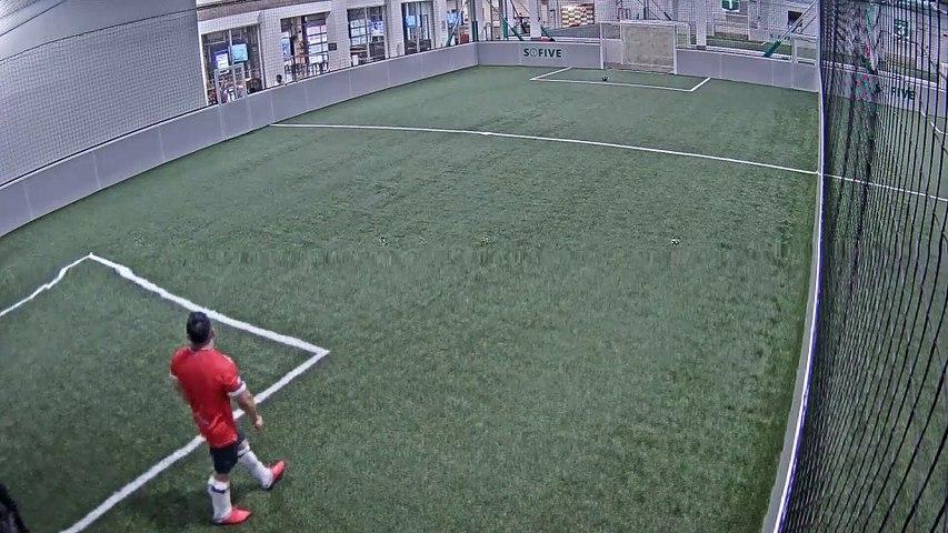 08/18/2019 08:00:01 - Sofive Soccer Centers Brooklyn - Santiago Bernabeu