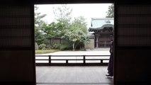 روبوت بملامح بشرية ينشر تعاليم البوذية في معبد ياباني