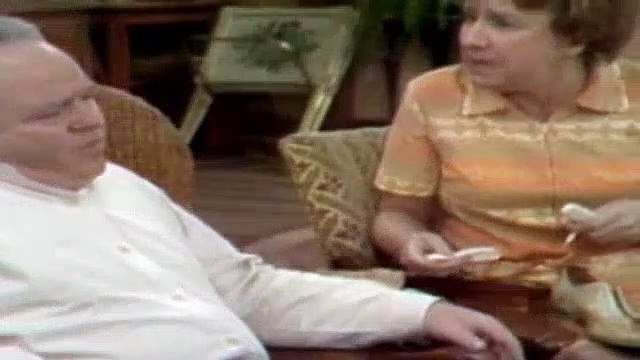 All In The Family Season 3 Episode 14 Archie And The Bowling Team