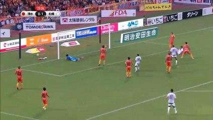 8-0'lık maçta 37'lik yıldızdan hat-trick