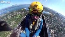 Ce pilote filme son vol en avion de chasse de la patrouille de l'air américaine !