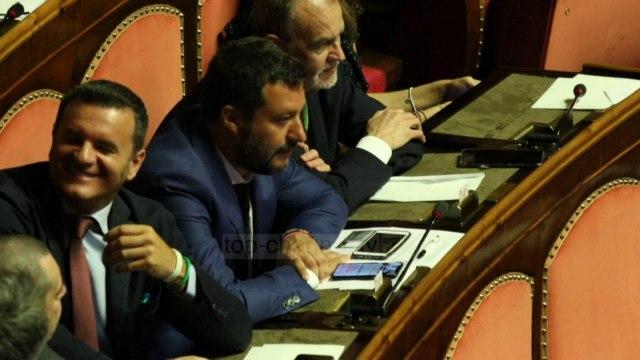 """""""5 yjet"""" kundër Salvinit: Nuk është më një partner i besueshëm"""