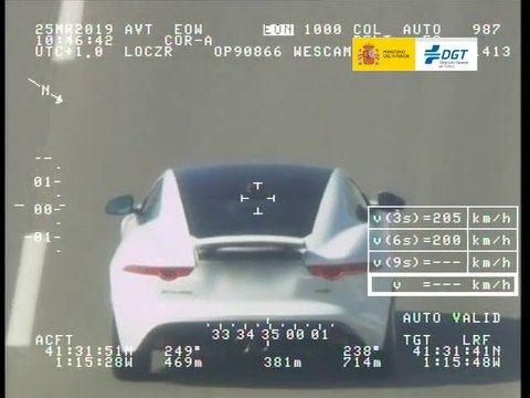 VÍDEO: Un Jaguar F-Type pillado por Pegasus a 206 km/h