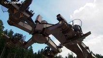 Allemagne : Le nouveau manège d'un parc d'attractions au coeur d'une polémique à cause de ses bras articulés qui forment ... des croix gammées!