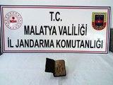 Malatya'da 5 milyon dolar değerinde 5 bin yıllık kitap ele geçirildi