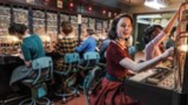'The Marvelous Mrs. Maisel': Sterling K. Brown Makes Debut in Season 3 Trailer   THR News