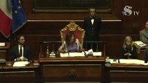 Casellati rampogna l'Aula: avete capito che c'è crisi di governo?