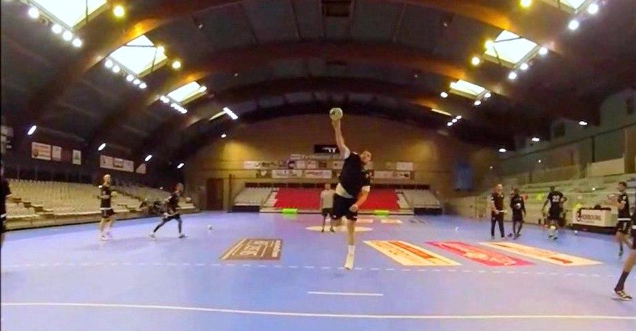 Dans la peau d'un gardien de handball grâce à une caméra placée sur le goal de la JS Cherbourg