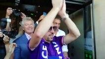 Fiorentina - Ribéry accueilli par des fans en transe