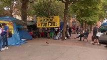 Seine-Saint-Denis : des migrants venus de Colombie campent mairie de Saint-Ouen