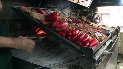 Un ritual vegano antes de la faena del ganado en el carnívoro Uruguay