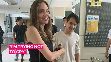 Angelina Jolie chats to students while dropping Maddox at college