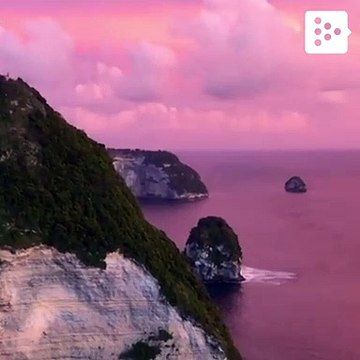 Perfect sunsets in Nusa Penida, Indonesia