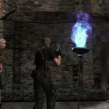 Resident Evil 4 - Chapter 3-1: Treasure Chest Behind Castle Entrance: Buy Semi-Auto Rifle (2019)