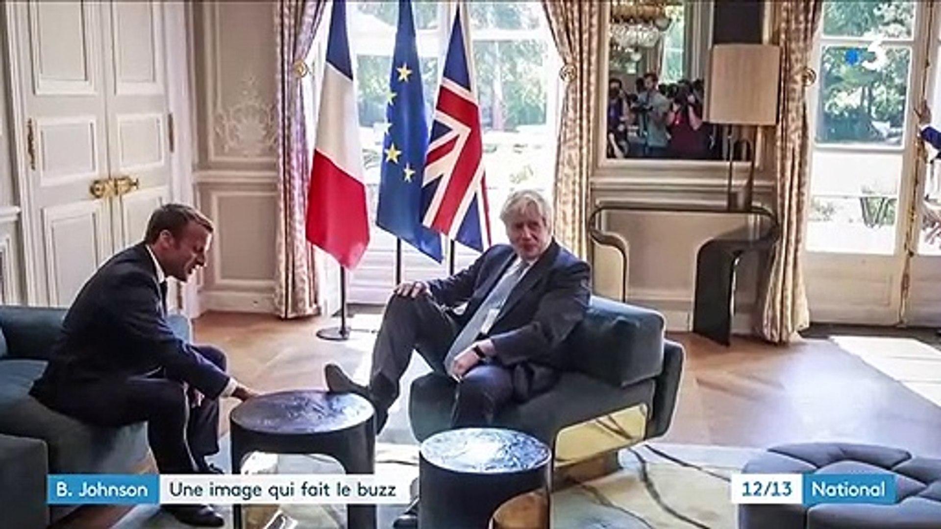 Boris Johnson Le Pied Sur Une Table De L Elysee Une Image Qui