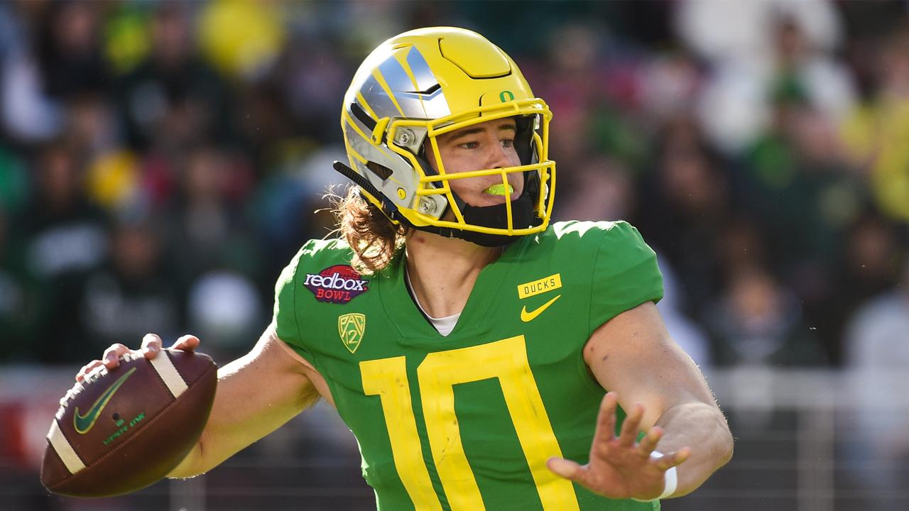 Would Heisman Trophy Win Lock Justin Herbert in as #1 Pick in NFL Draft?