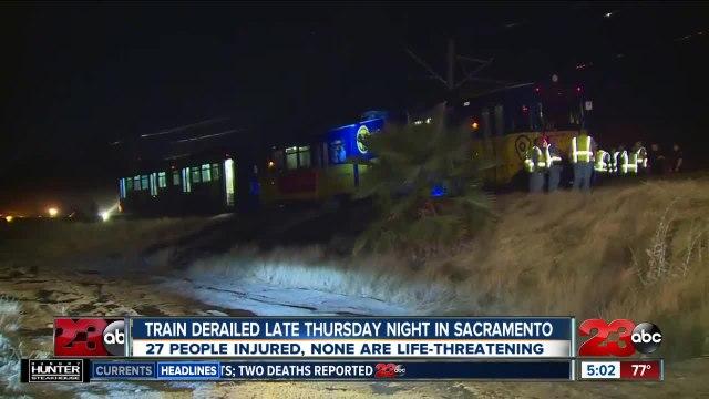 Train derailed late Thursday night in Sacramento