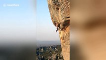 Escalade d'une montagne à mains nues sans cordages !